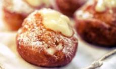 Cream filled frittole