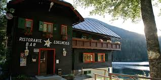 Hotel Edelweiss on the lower lake