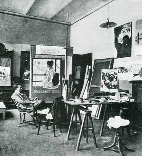 Leopoldo Metlicovitz in his studio at Ricordi
